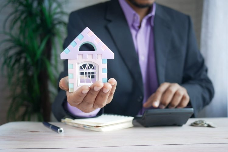 How about Selling Home To A Cash Buyer